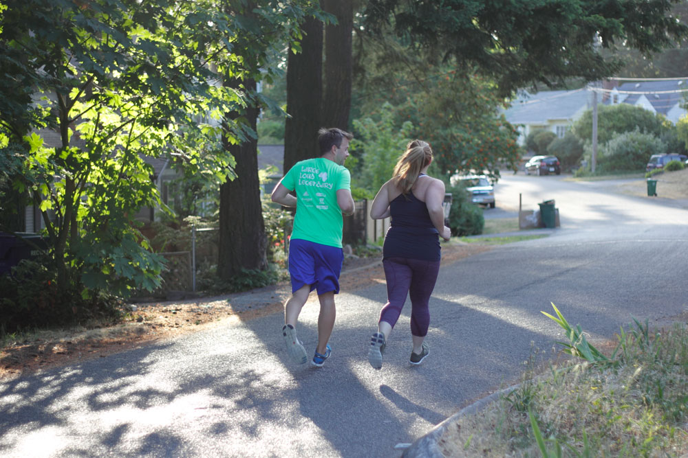 couples workout running with husband