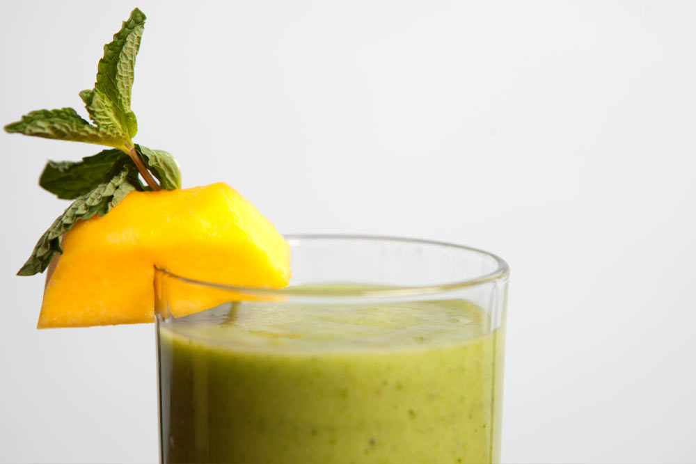 collard greens mango green smoothie