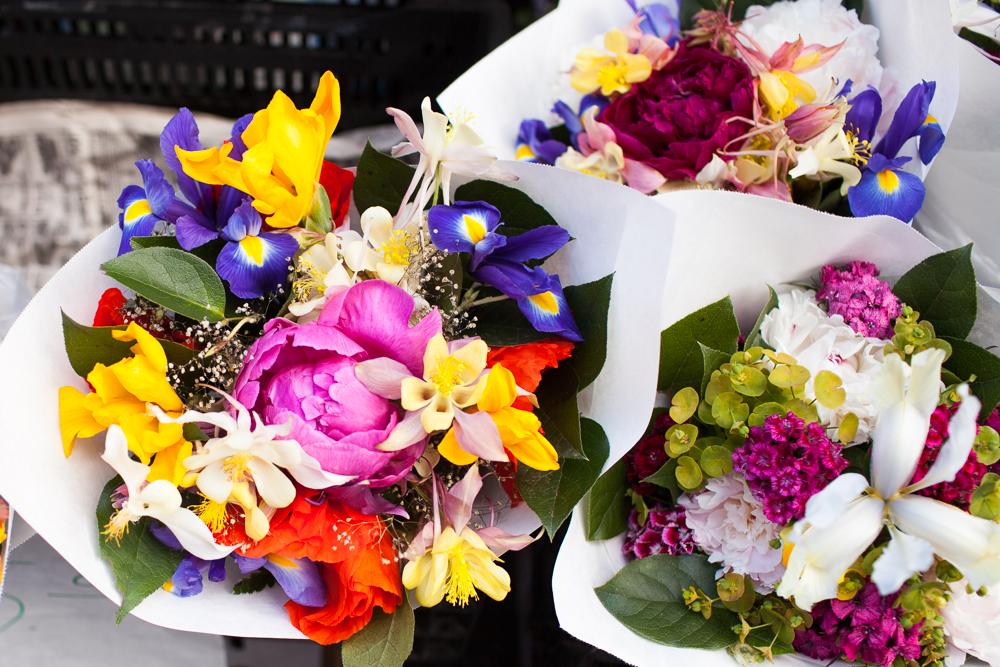 Ballard-Farmers-Market-Flowers