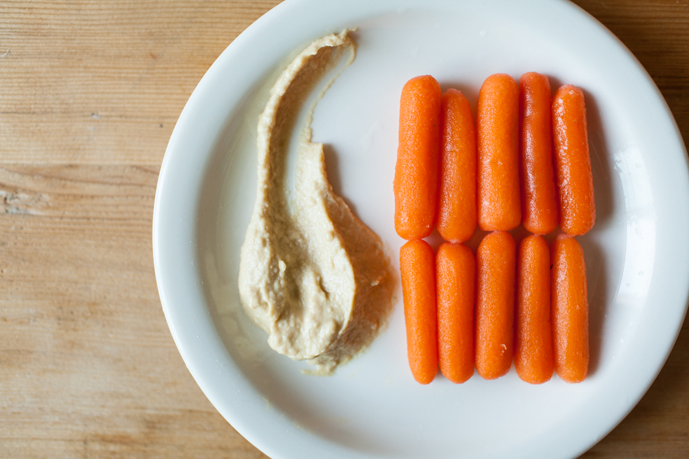 3 pm snack attack your visual guide to healthy options 100 calorie snack carrots sisterspd