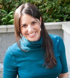 Wendy Caamano headshot