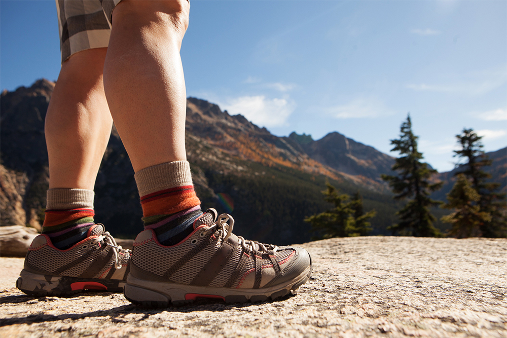 Fall Hiking Checklist-6 Tips for Happy Northwest Trails-fall hiking in the Northwest